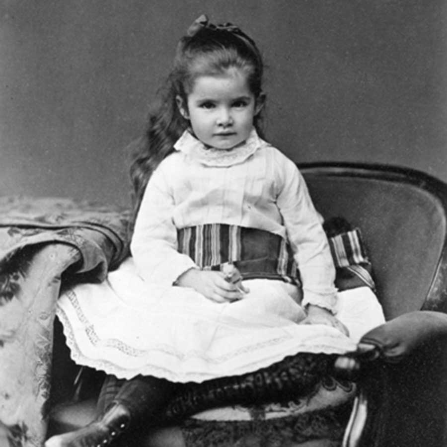 the early life and influences of samuel clemens - samuel clemens, 9 june 1880  mark twain's early biography would have lacked most of its vital incident, and at least half of its background, without those.